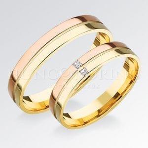 Többszínű arany karikagyűrűk